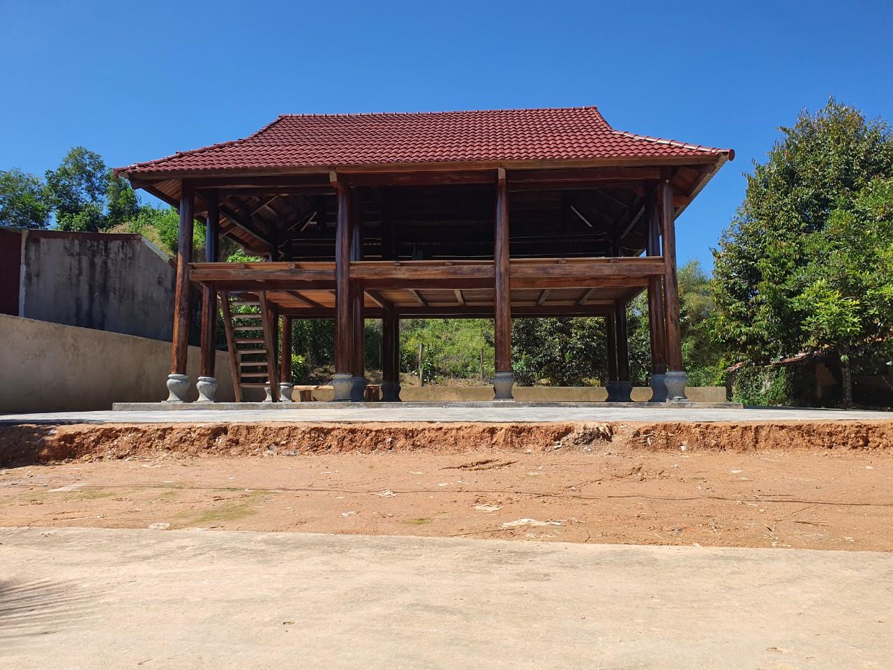 Cần Bán Căn Nhà Gỗ Táu sến.. đường kính cột 35 đến 37 - Cát Tiên Tỉnh Lâm Đồng - Ảnh 4