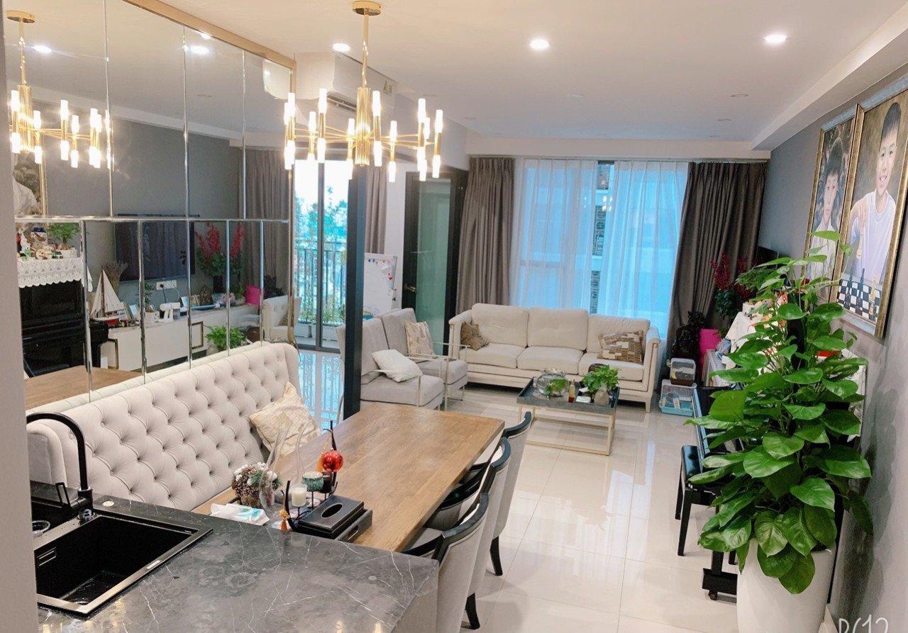 Cần cho thuê căn hộ TRESOR quận 4, 2pn-2wc giá 17 triệu bao phí. - Ảnh chính