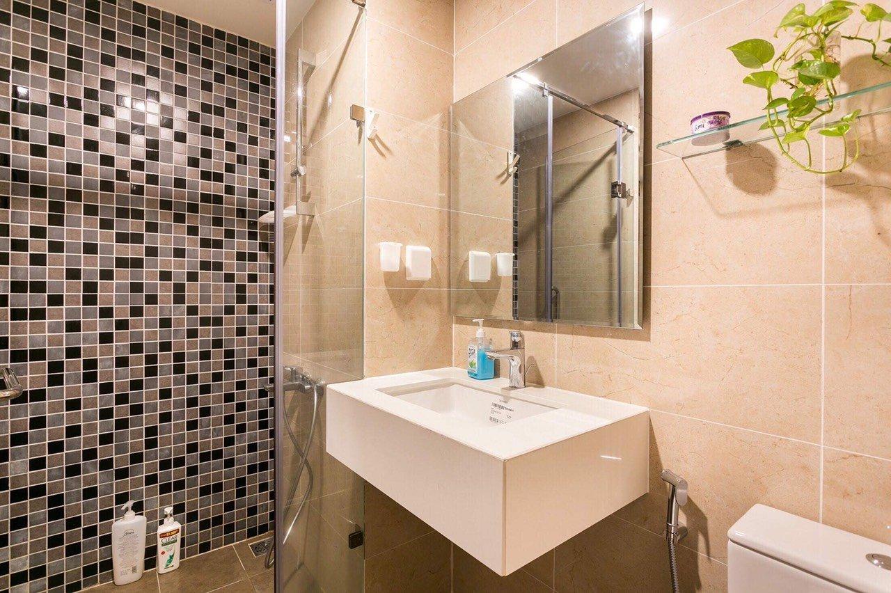 Cần cho thuê căn hộ TRESOR quận 4, 2pn-2wc giá 17 triệu bao phí. - Ảnh 3