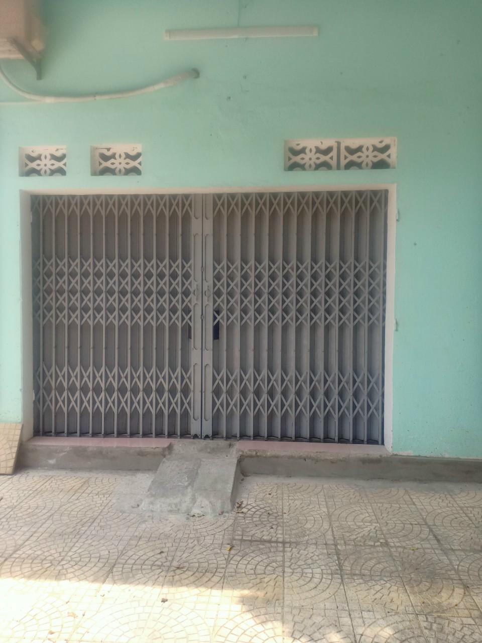 Bán nhà cấp 4 nằm trên đường Nguyễn Hữu Tiến - Ảnh 1