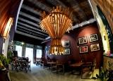 Độc đáo thiết kế quán cafe thô mộc