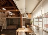 Ngôi nhà nhỏ tràn ngập ánh sáng sau khi cải tạo